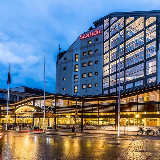Scandic-hotellets fasad och entre